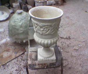 Fiberglass Dustbins Pots & Planters (61)