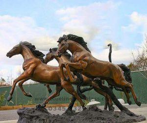 fiberglass sculptures (64)