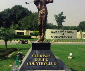 golfer swing statue - golf statue fiberglass - Garrison golf and country club sculptures monuments karachi pakistan