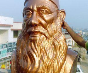 sir syed ahmed khan fiberglass statue sculptures monuments karachi pakistan