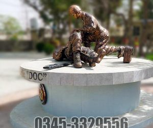 Pakistan Army Soldier Statue sculpture giving first aid