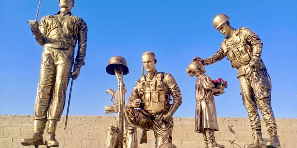 Pakistan Military Soldier Sculpture Statue Blue Line Fiberglass Karachi Pakistan